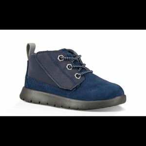 UGG Kid's Canoe Chukka Sneaker, Size 13